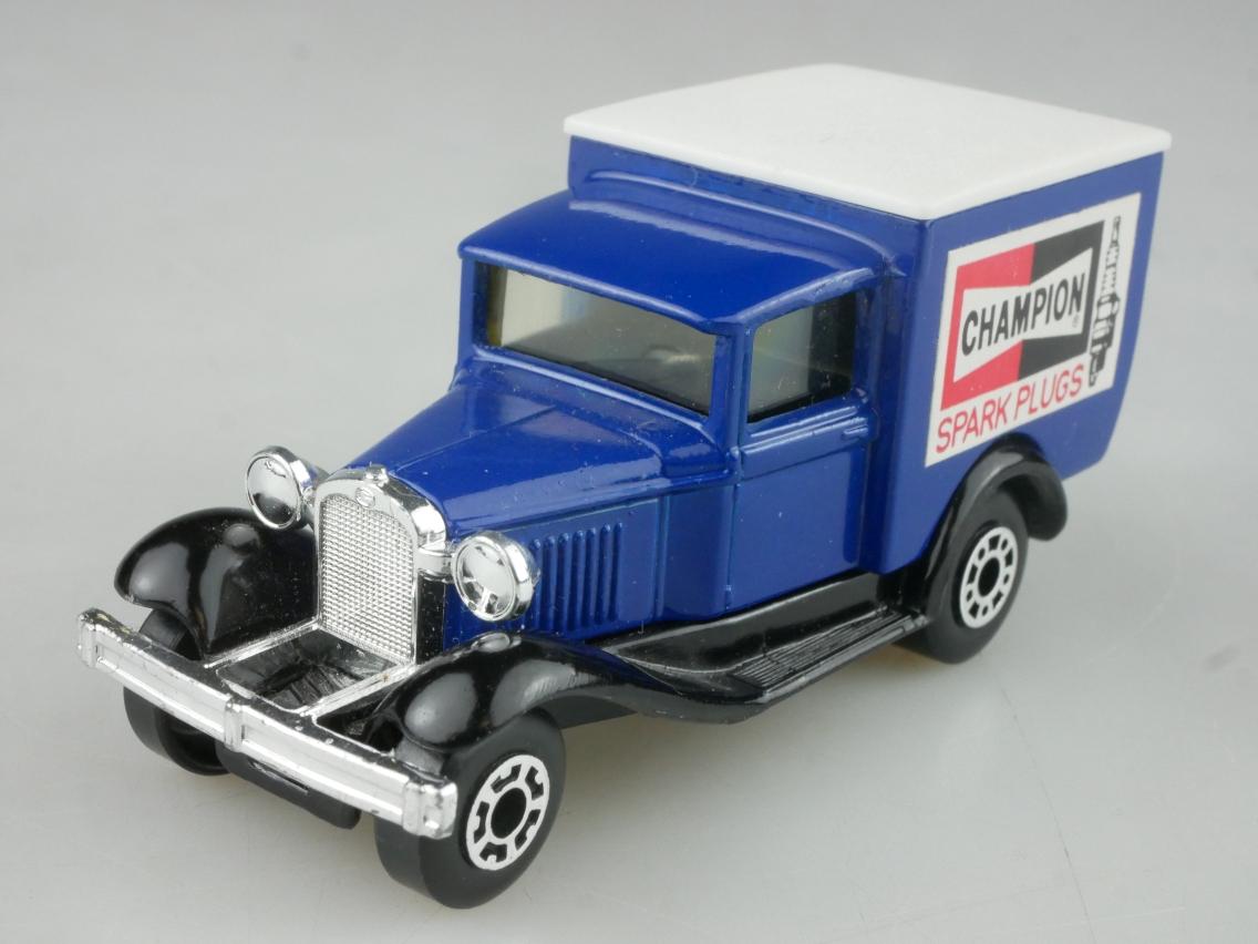 "Ford Model 'A' Van ""Champion"" (38-E/76-C) - 65155"