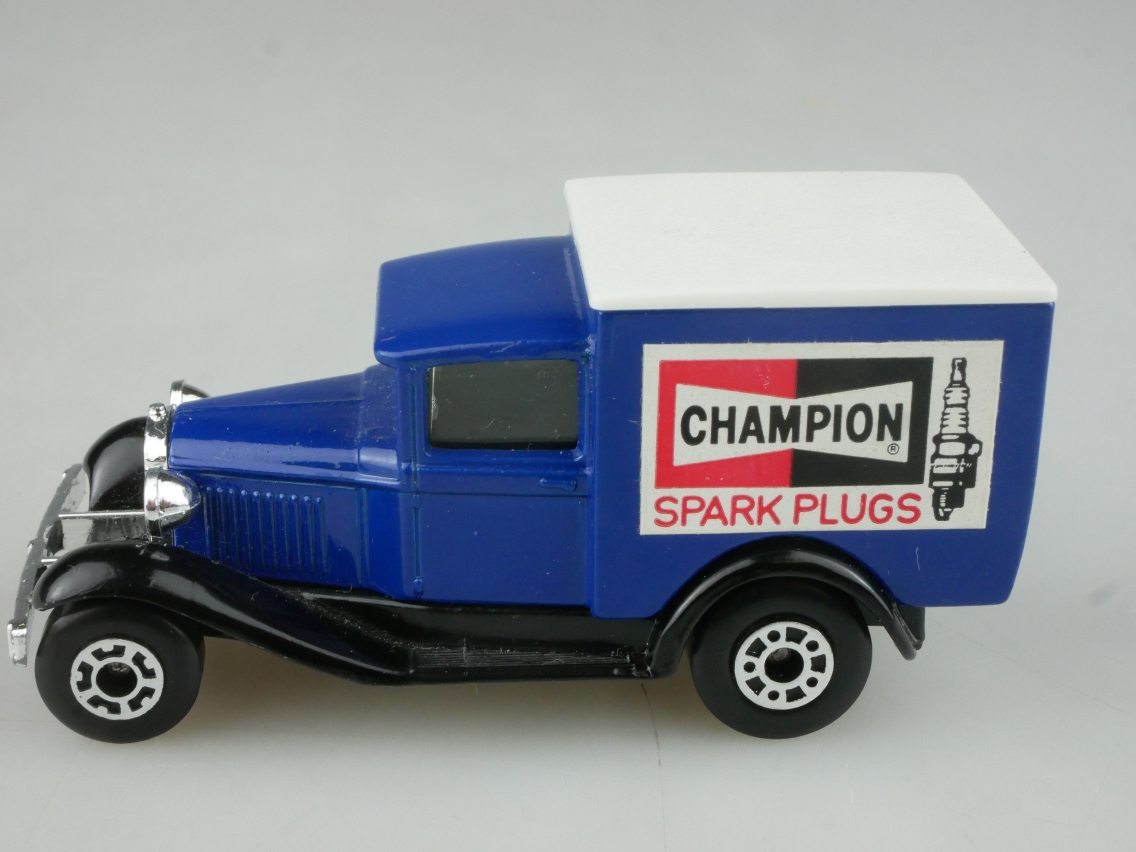 "Ford Model 'A' Van ""Champion"" (38-E/76-C) - 65155"