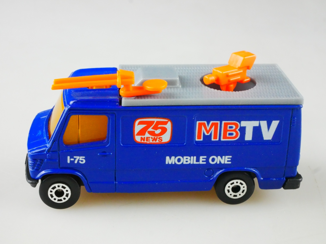 TV News Truck MB TV (68-G/73-D) - 66252