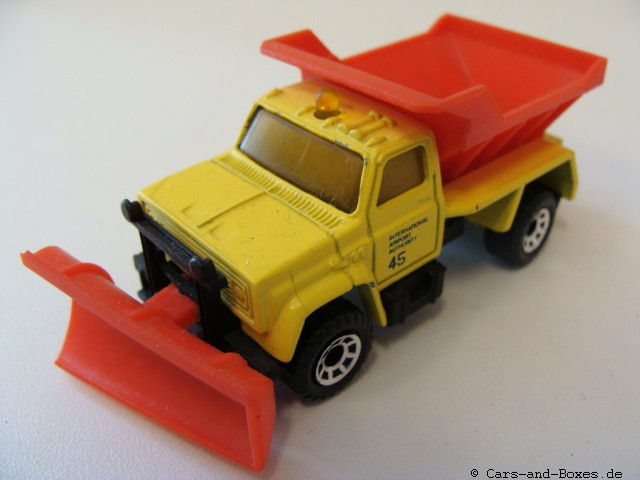 Highway Maintenance Truck Snow Plow (45-E/69-G) - 66450
