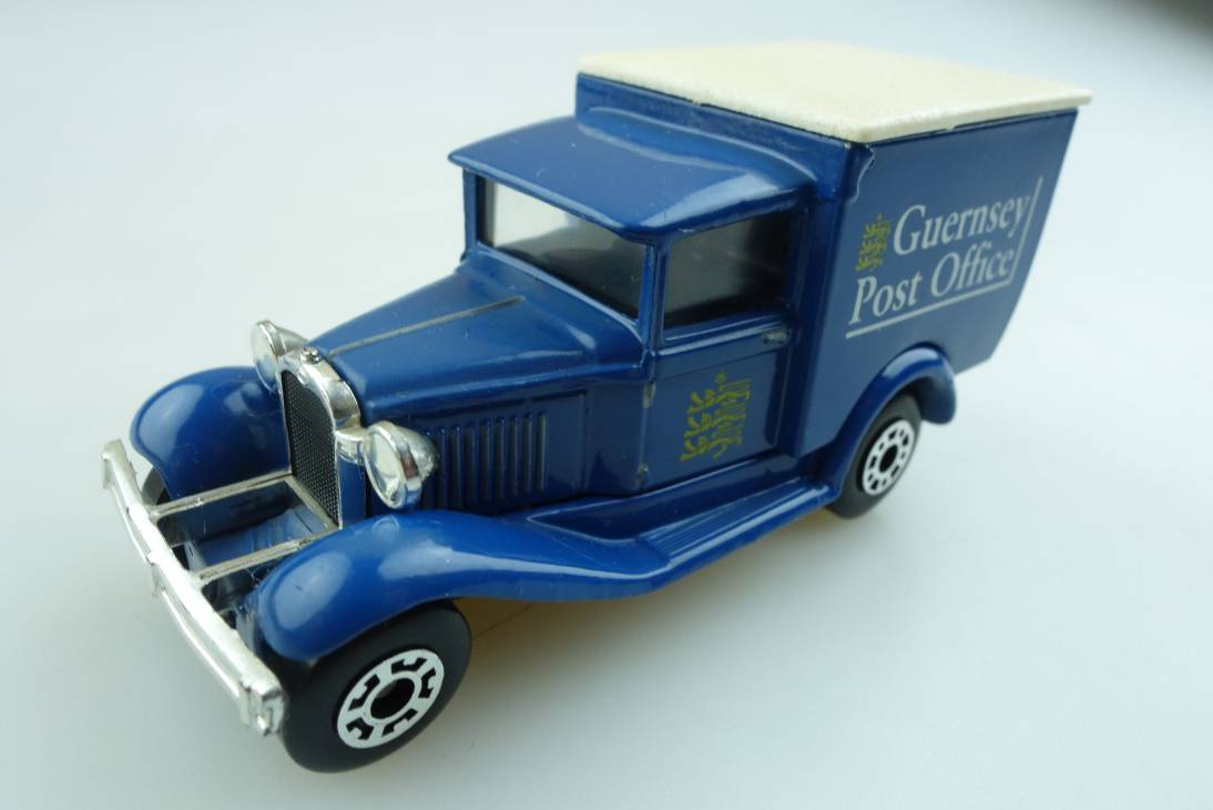 "Ford Model 'A' Van ""Guernsey Post"" (38-E/76-C) - 66527"