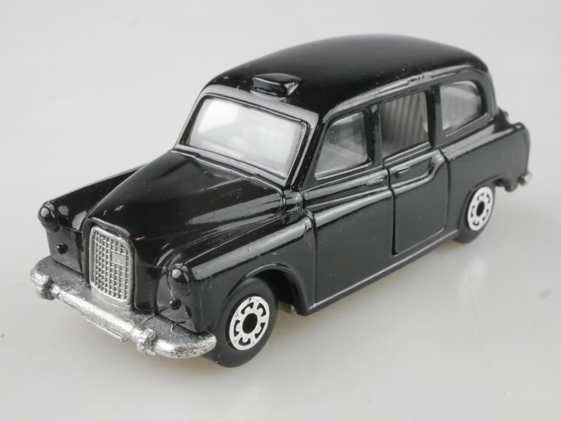 Austin London Taxi FX4R (04-E) - 66747