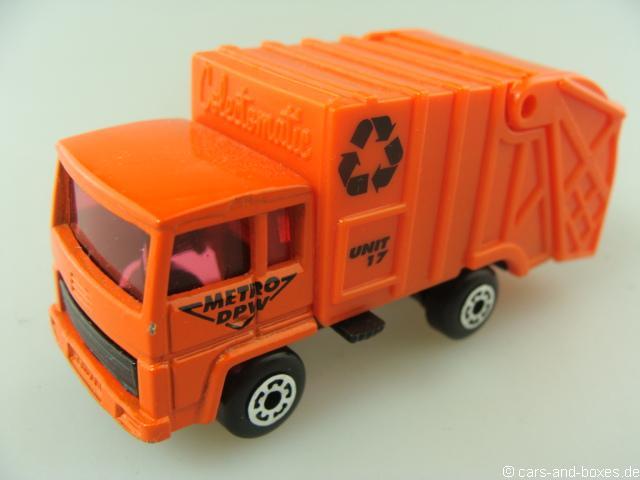 Refuse Truck orange (36-D) - 68584