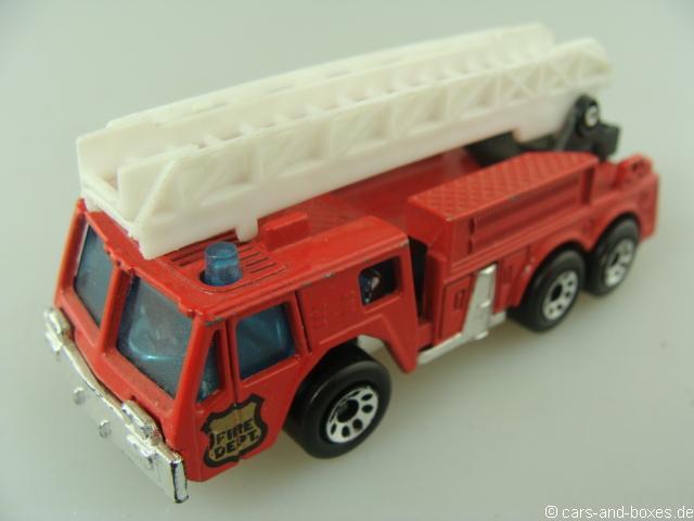 Extending Ladder Fire Engine Fire Dept.(18-C) - 68607