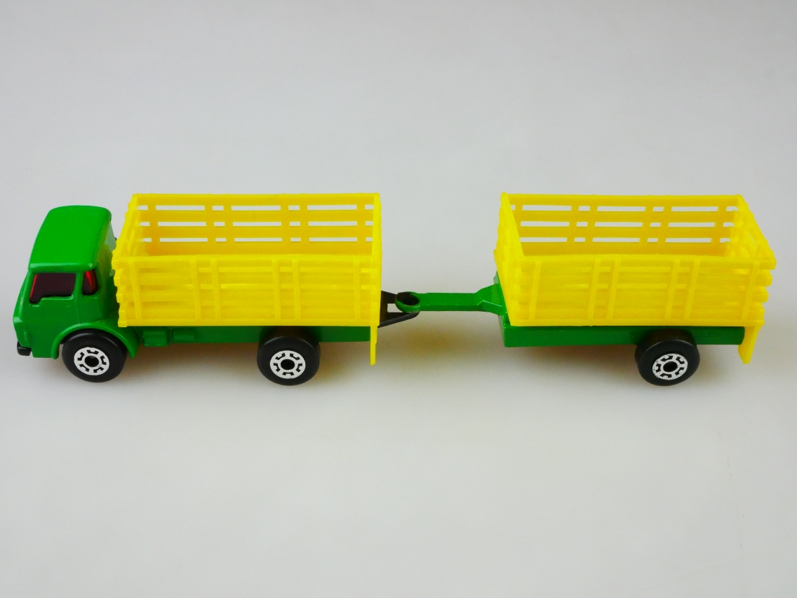 TP-103 Cattle Truck & Trailer - 69008