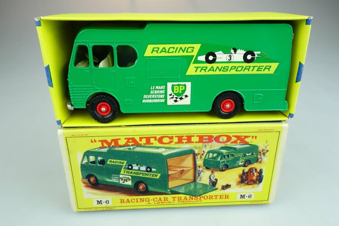 M-06B Racing Car Transporter - 90452