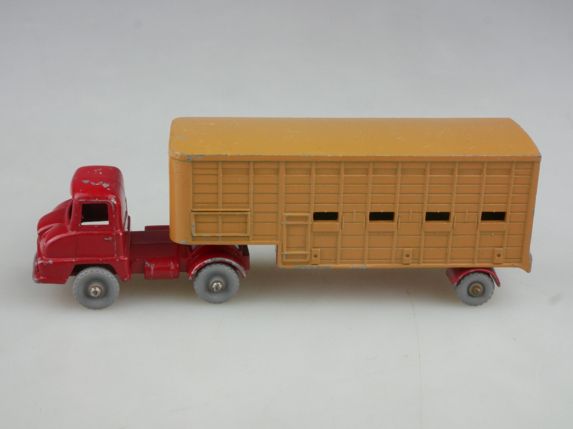 M-07A Jennings Cattle Truck - 90640