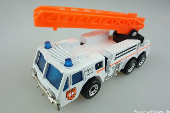 Extending Ladder Fire Engine (18-C) - 95022