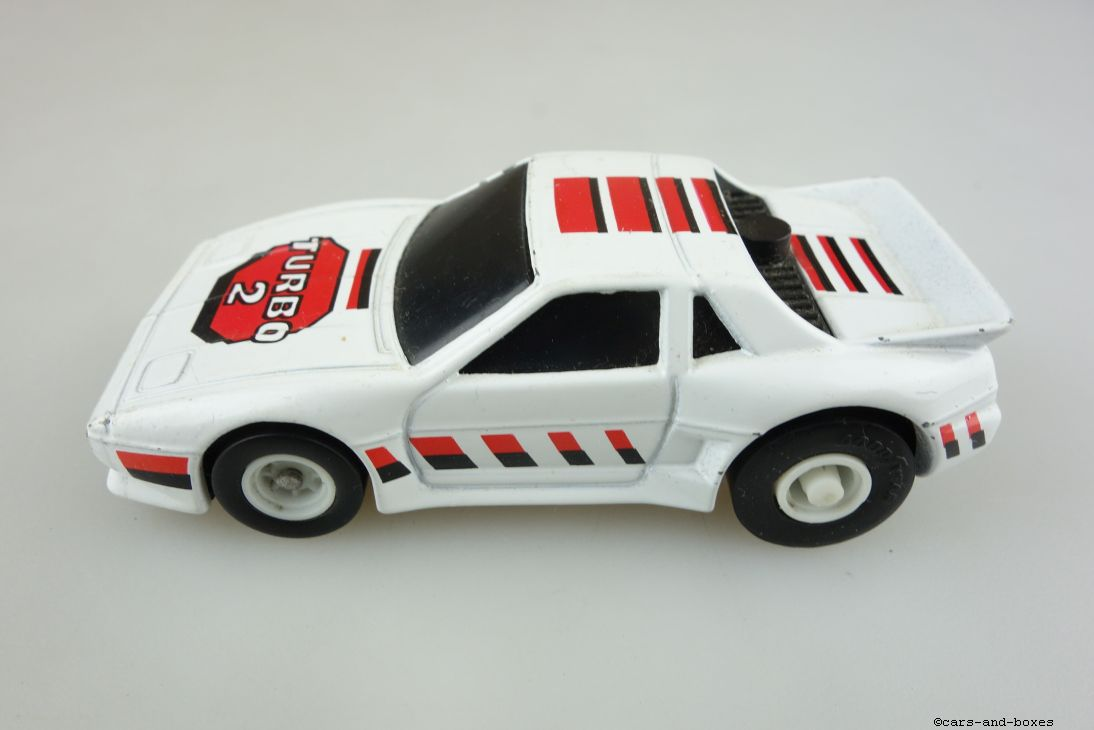 AM-2607 Pontiac Fiero - 95416