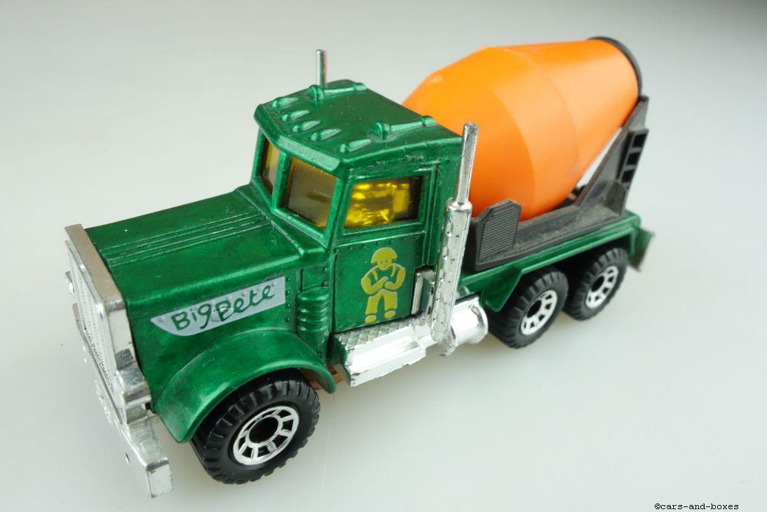 Peterbilt Cement Truck (19-D) - 95635