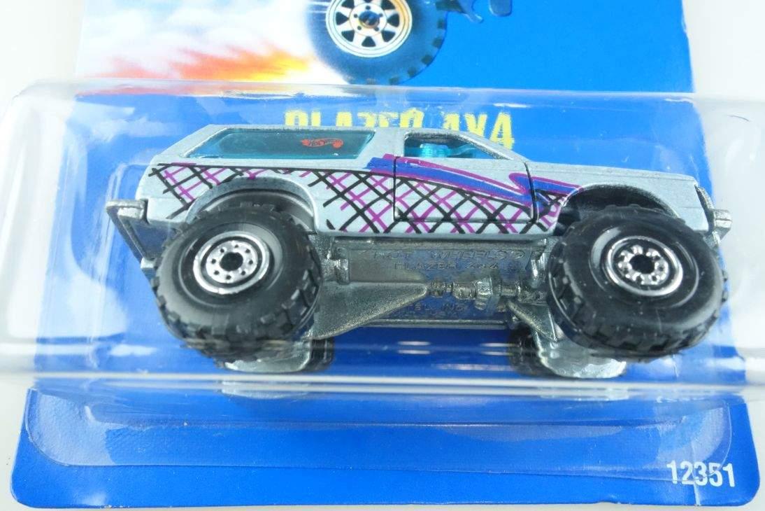 Blazer 4x4 Hot Wheels Mattel 12351 Chevy Malaysia mint blue card MOC 1:64 104491