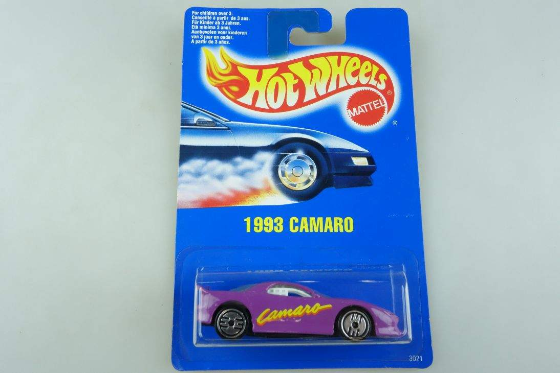 1993 Camaro Hot Wheels Mattel 3021 Chevy Malaysia mint blue card MOC 1:64 104515