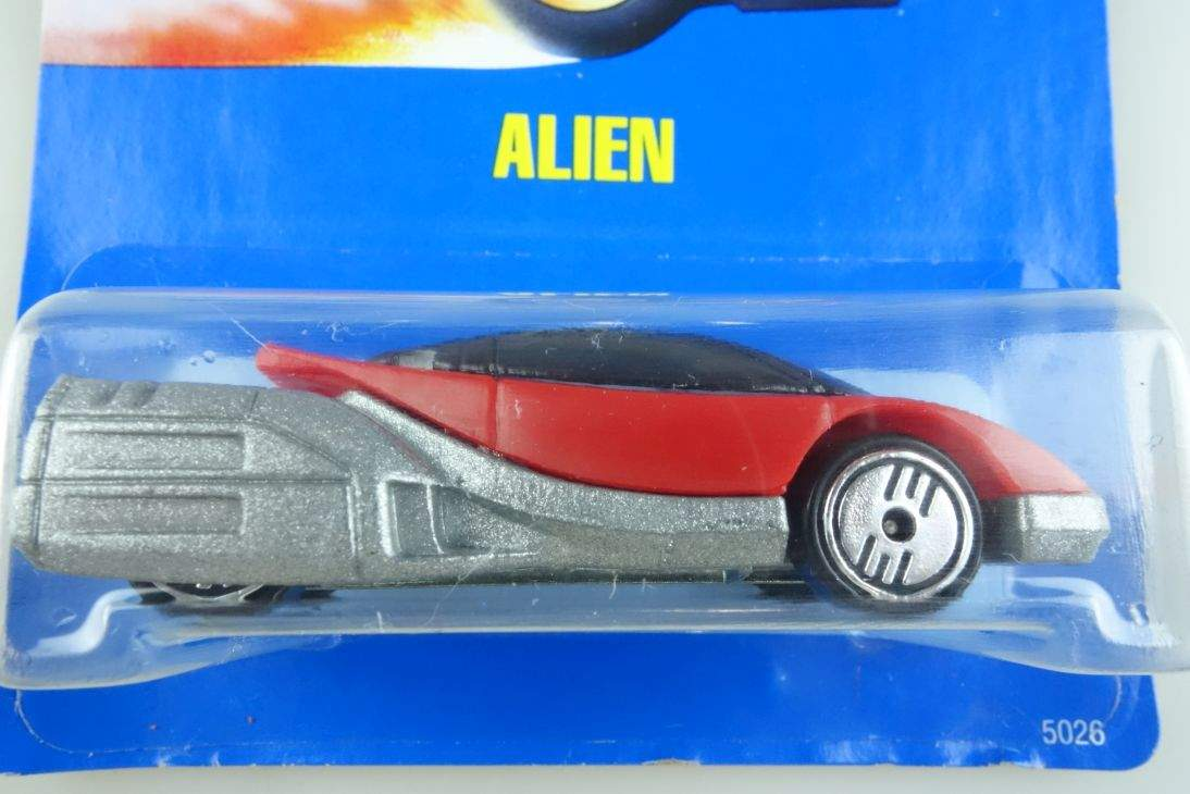 Alien rot red Hot Wheels Mattel 5026 Malaysia mint blue card MOC 1:64 104560