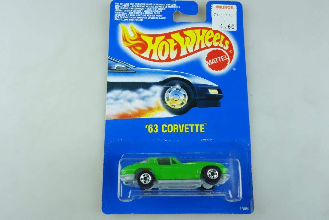 1963 Corvette Hot Wheels Mattel 1486 Malaysia mint blue card MOC 1:64 104588
