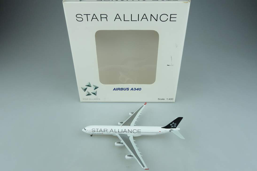 JC Wings XX4925 Airbus A340 Star Alliance Turkish Airlines Flugzeug 1:400 104645