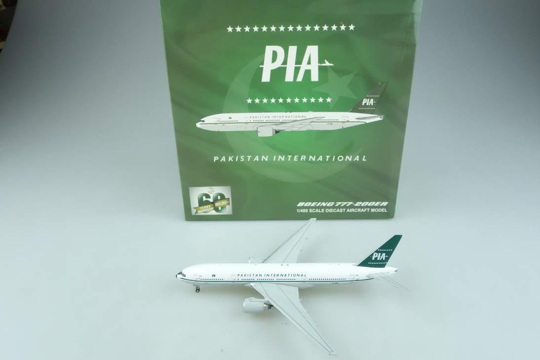 JC Wings XX4308 Boeing 777-200ER Pakistan International PIA plane 1:400 104646