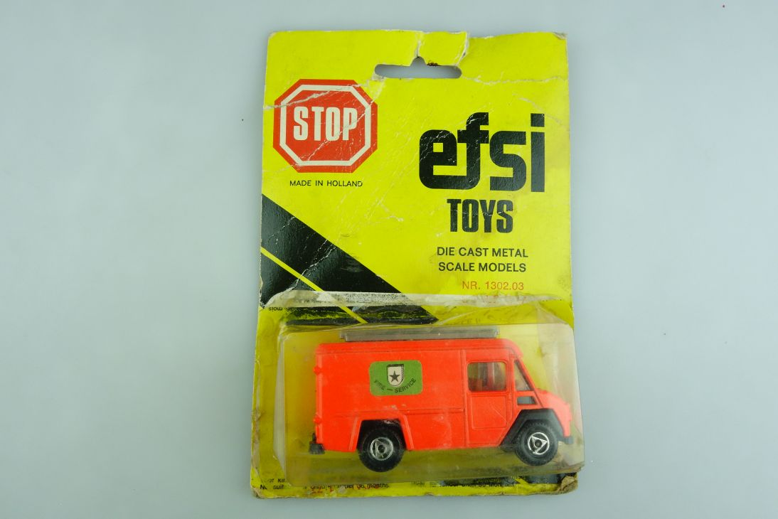 1302 Efsi 1/64 Commer Delivery Fire Service Feuerwehr mit Box 508638