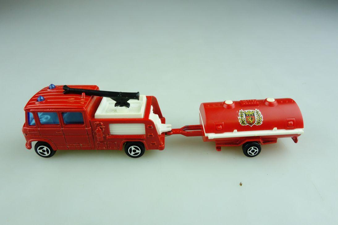 258 Majorette 1/70 Mercedes Benz 406 Airoport Pompier Feuerwehr ohne Box 508737