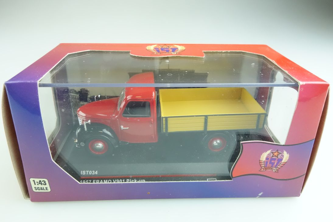 034 Ist 1/43 DDR Framo V901 Pick-up Pritsche 1957 red black mit Box 509520
