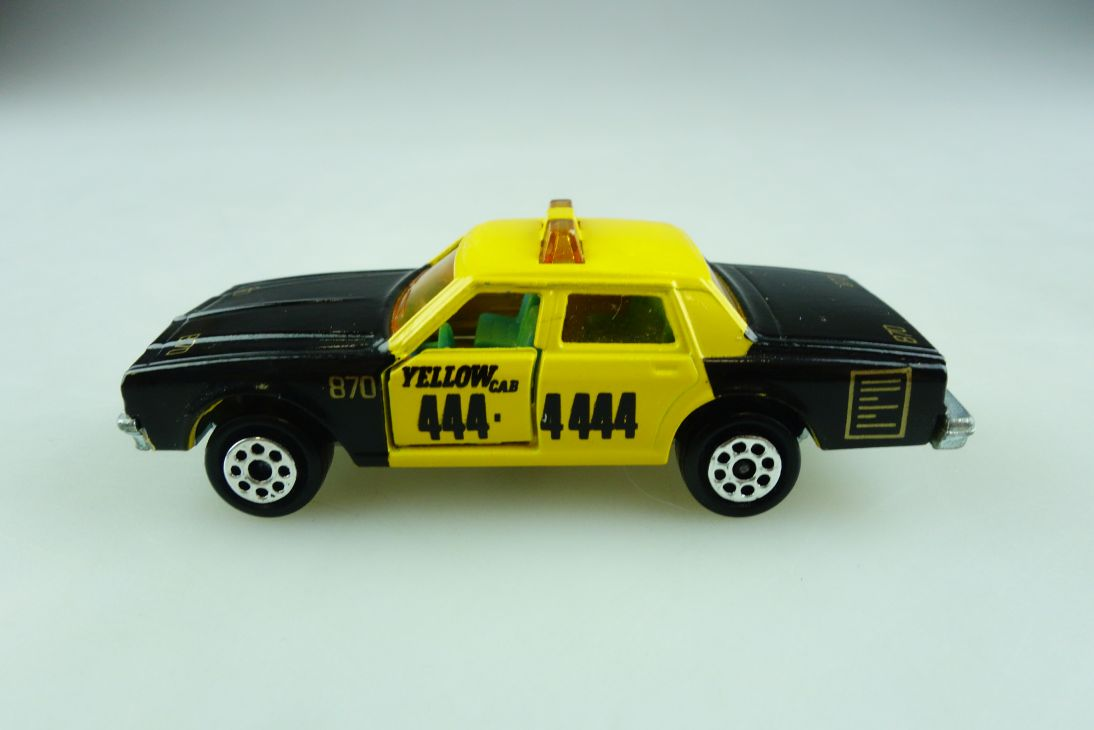 240 Majorette 1/69 Chevrolet Impala Yellow Cab Taxi New York ohne Box 509246