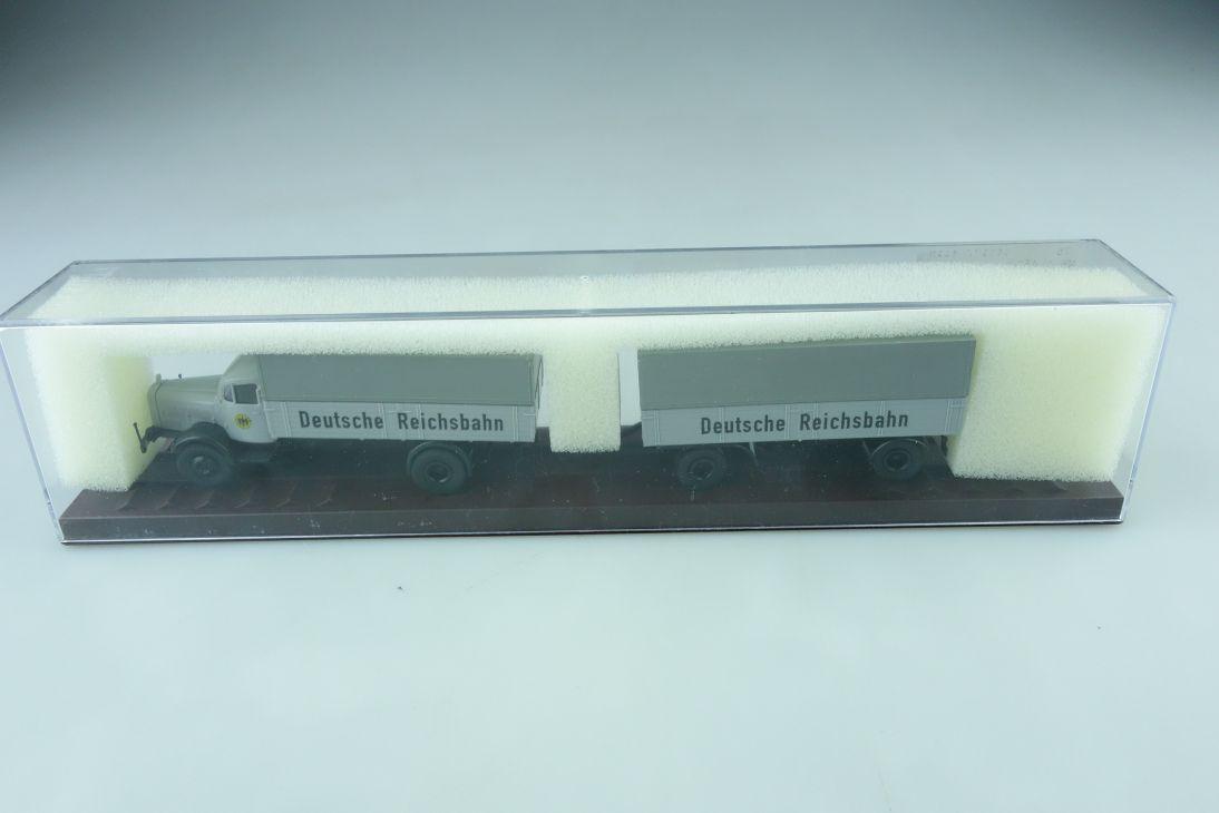 44117 Brekina 1/87 Mercedes Benz 4500 Lastzg Deutsche Reichsbahn mit Box 509951d