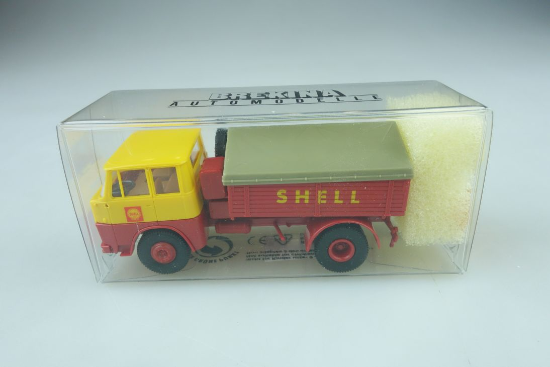 82001 Brekina 1/87 Henschel HS 14 Shell Zugmaschine Kremsa mit Box 509960