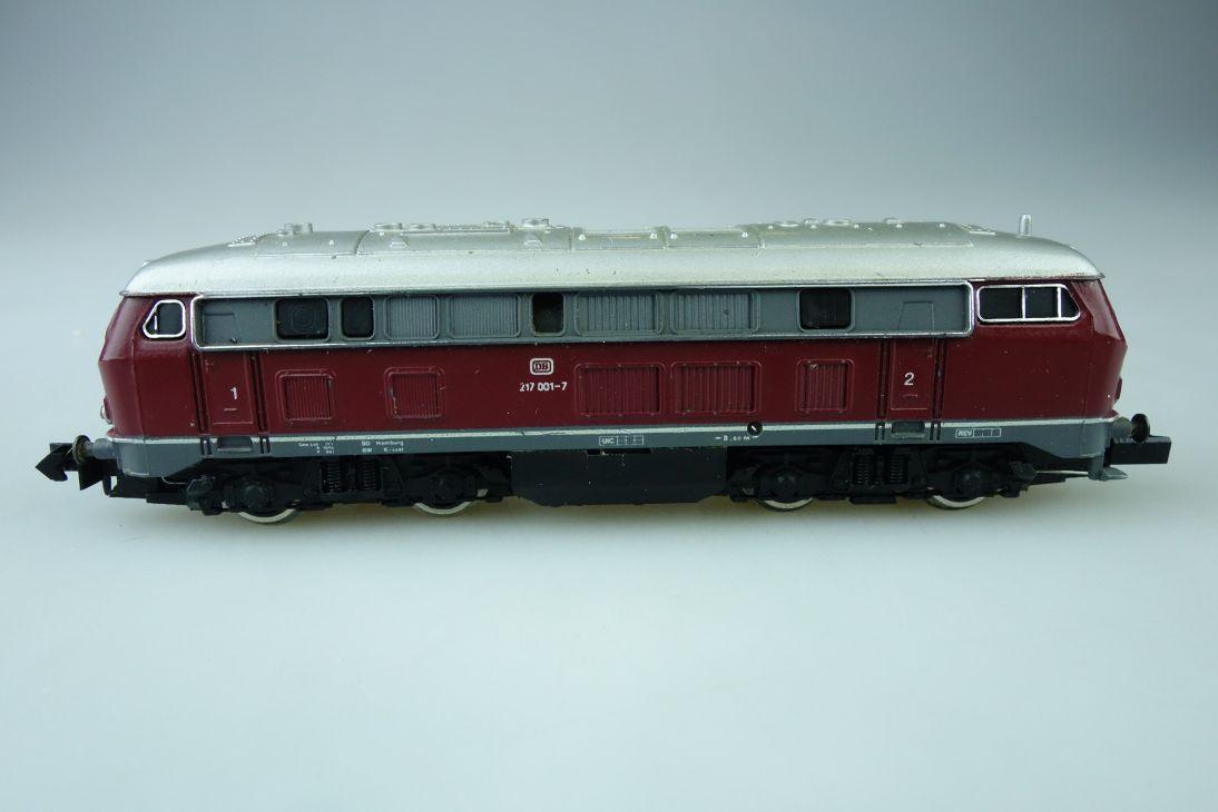 Arnold Spur N BR 217 der DB Diesellok mit Simplex Kupplung 107362