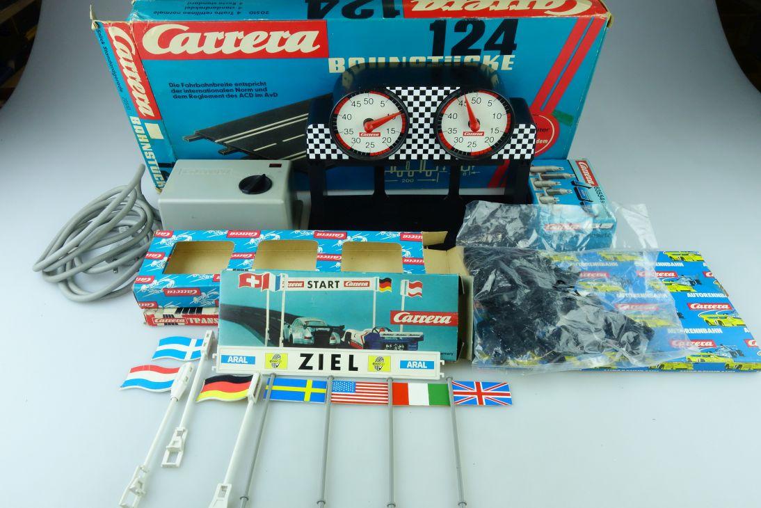 Carrera 1/24 Trafo mit Rundenzähler Flaggen & Leerboxen Konvolut mit Box 510106