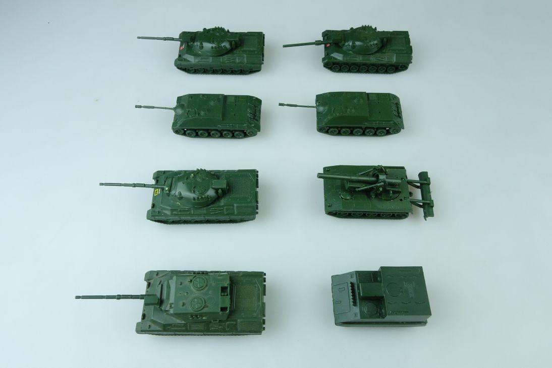 8x Bundeswehr RMM Roskopf 1:100 Panzer Tank Leopard M113 etc. 107699