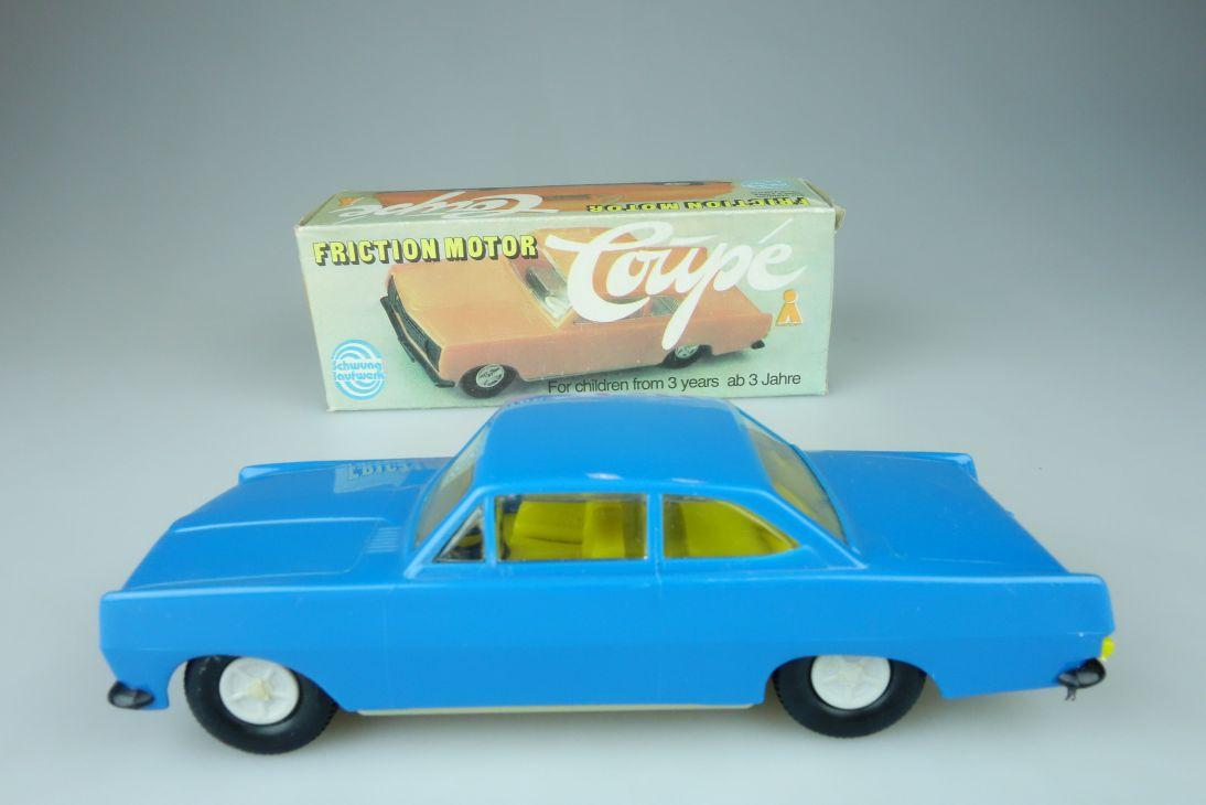 Plasticart DDR 1:30 Opel Rekord 1700 Coupe INNEN GELB Schwungrad Box 107594