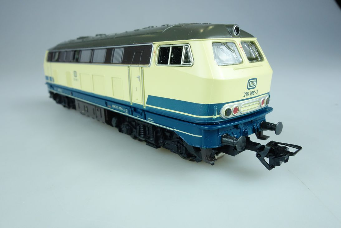Märklin H0 AC 3374 BR 216 Diesellok der DB mit Delta Digital Decoder PTa 107602