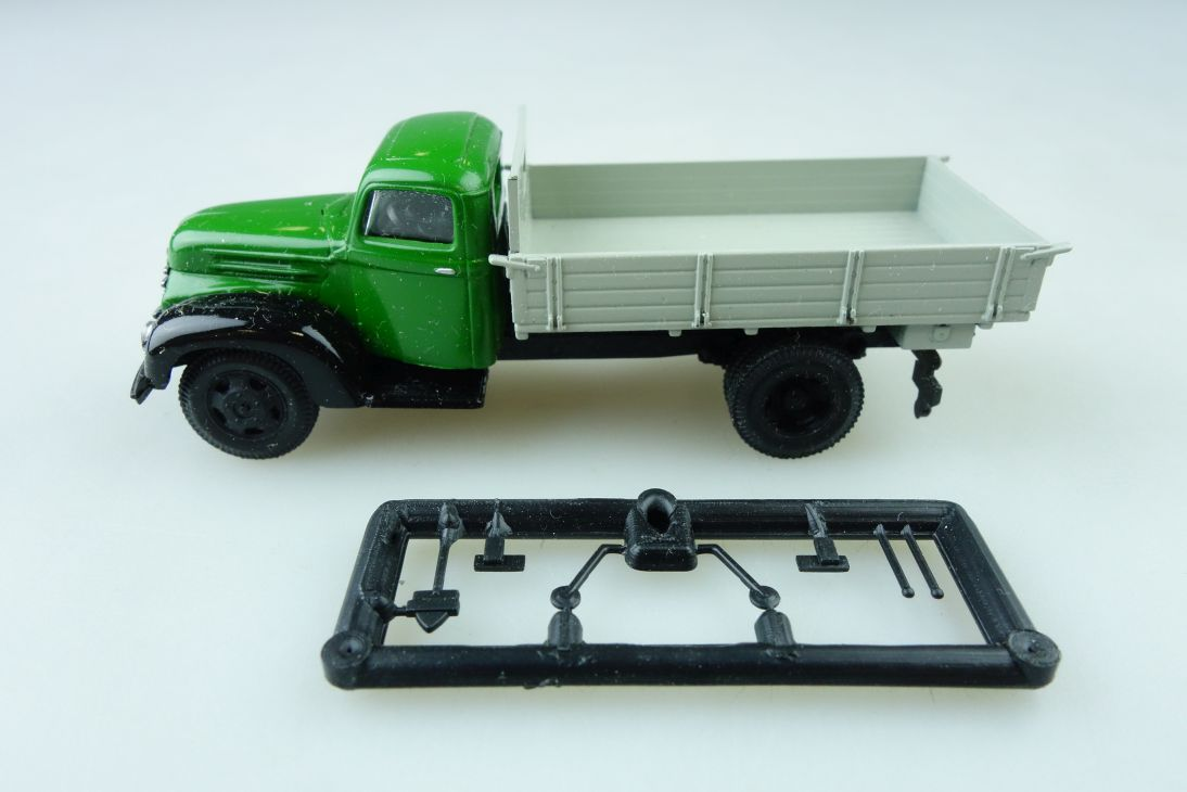 Adp Kleinserie 1/87 Ford FK 3500 Pritsche  mit Zubehör ohne Box 510238