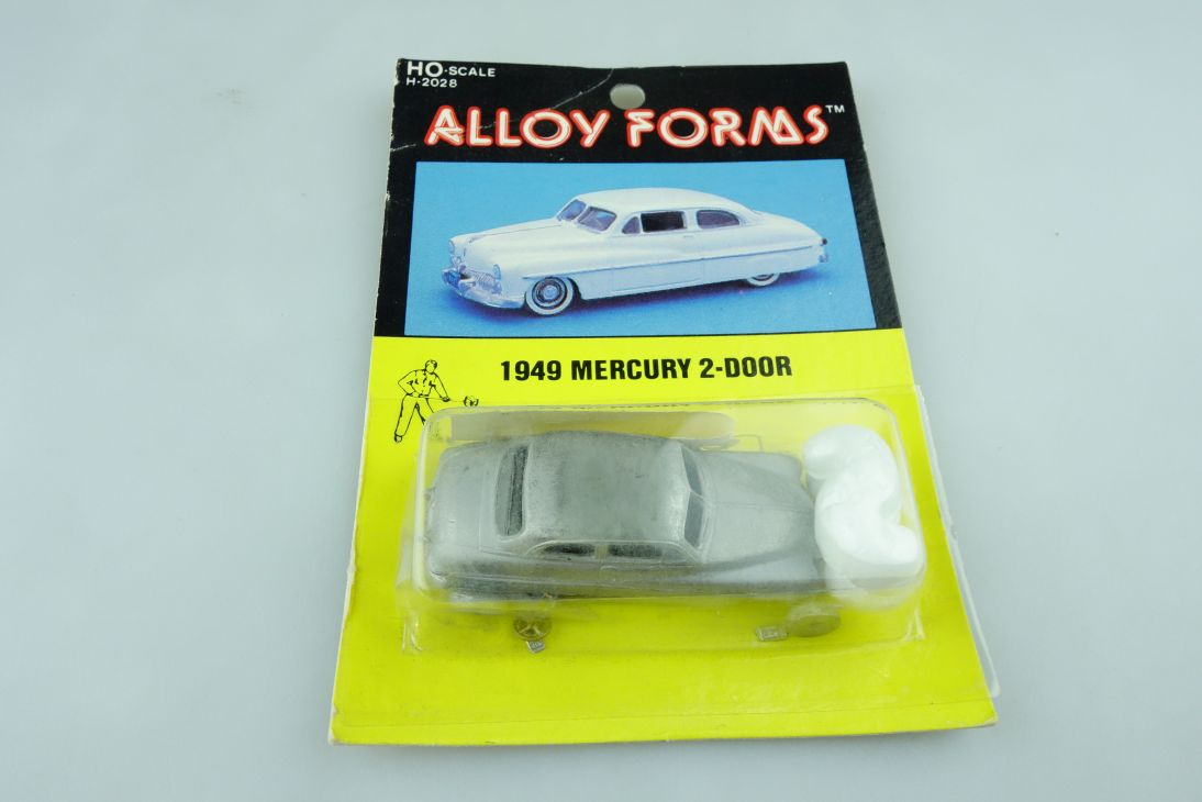 Kit Alloy Forms 1/87 Metall Bausatz 1949 Mercury 2-Door Sedan mit Box 510247