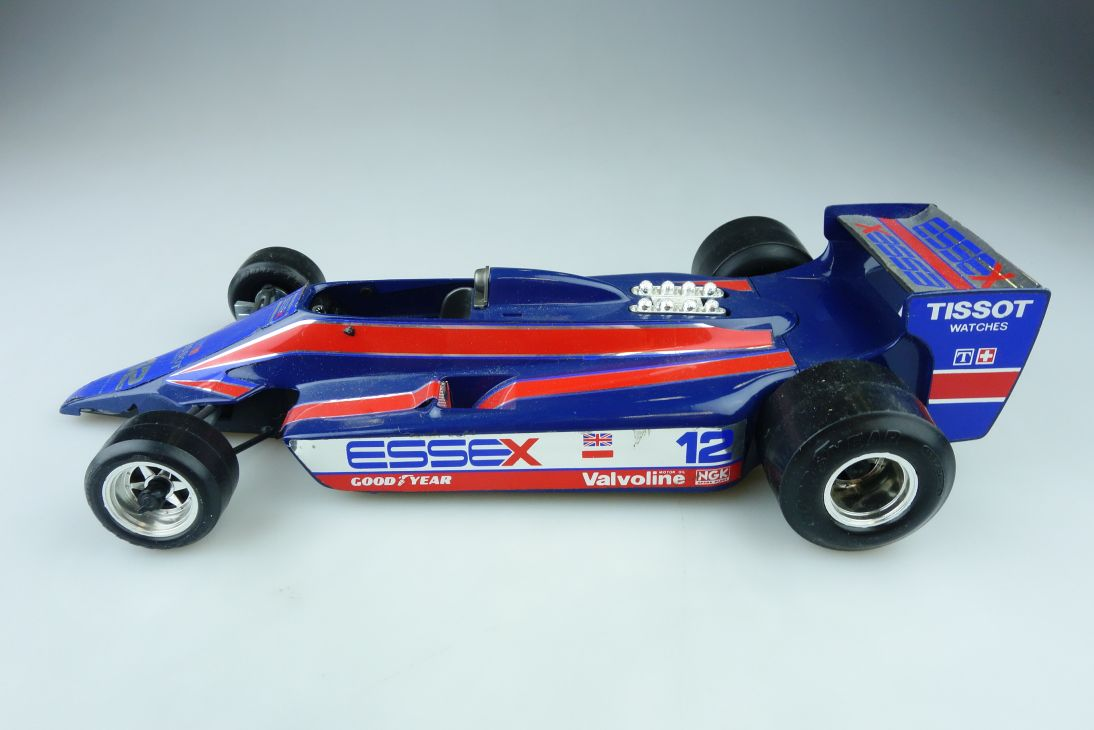 2105 Bburago 1/14 Lotus Essex Tissot Formel 1 Bastler ohne Box 510299
