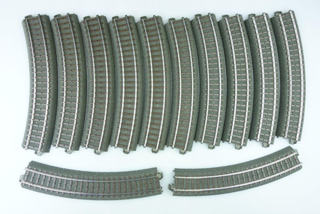 12x Märklin H0 24130 C-Gleis 30° Gleis gebogen Gleise PTa 107693