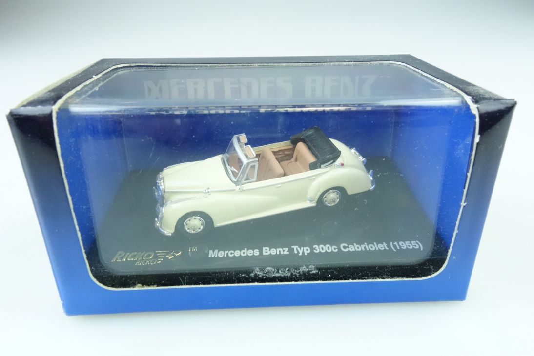 Ricko 1/87 Mercedes Benz Typ 300c Adenauer Convertible 1955 mit Box 509944