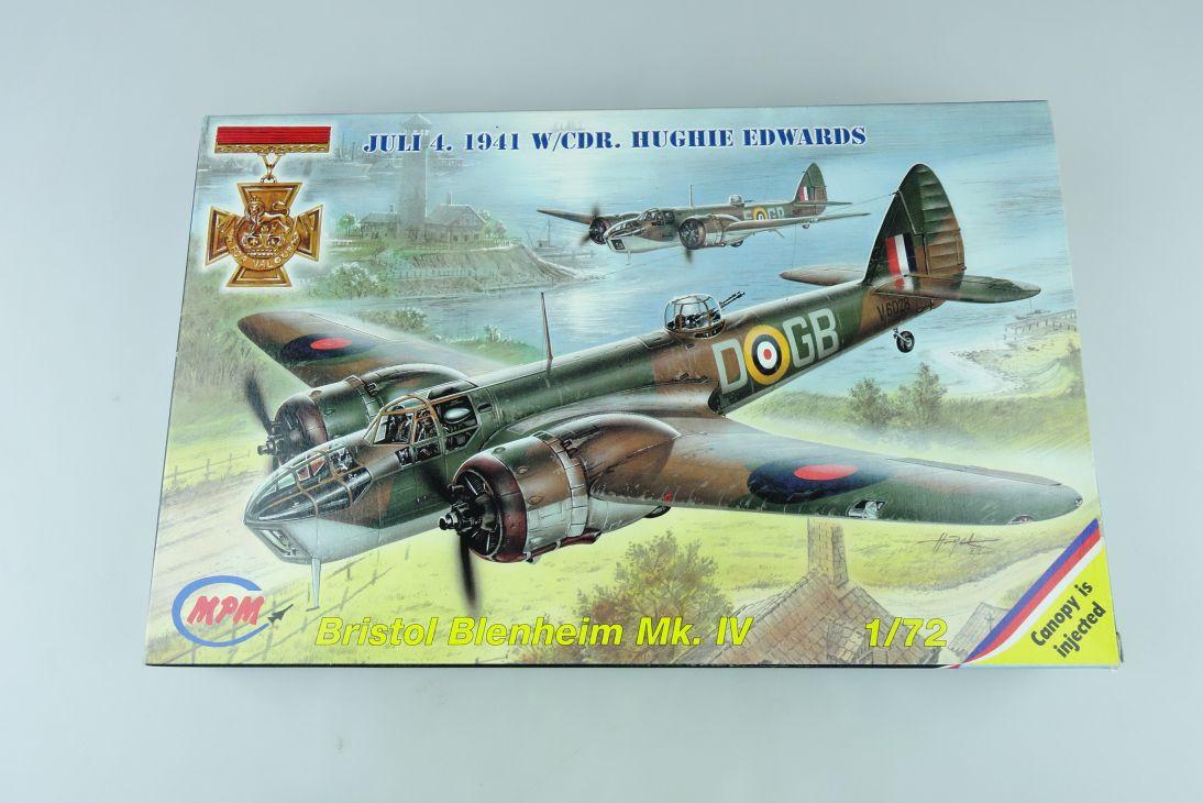 MPM 1/72 Bristol Blenheim Mk. IV Prop plane Cz Kit 72089 Box 107727