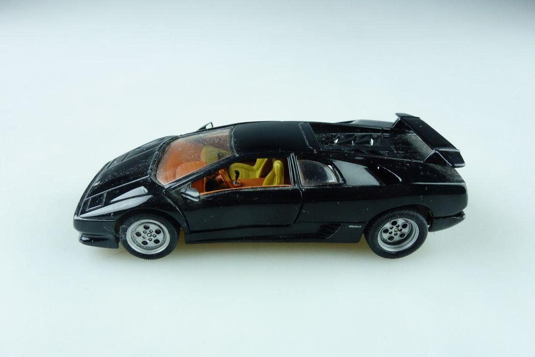 114 Detail Cars 1/43 Lamborghini Diablo Supersportwagen ohne Box 510401