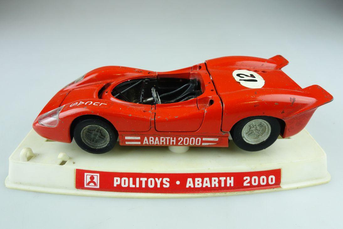 584 Politoys 1/25 Abarth 2000 Racer Teileträger mit Sockel 510468