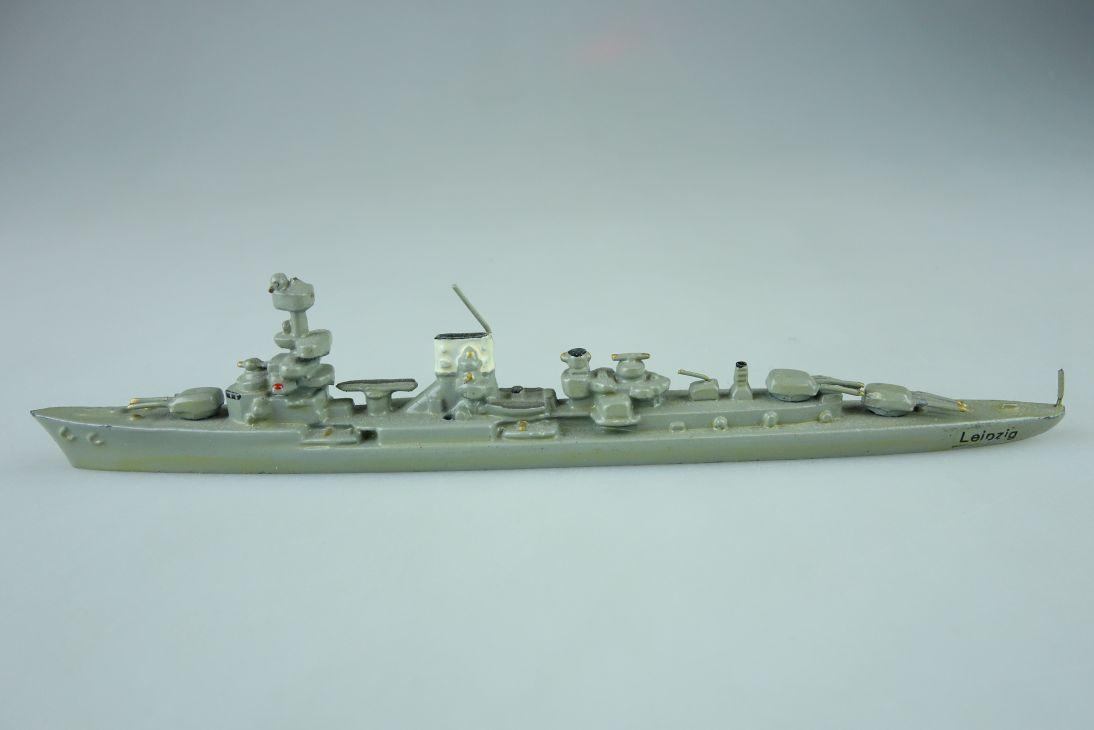 Wiking 1:1250 Leipzig leichter Kreuzer Kriegsschiff battle ship Metall 107783