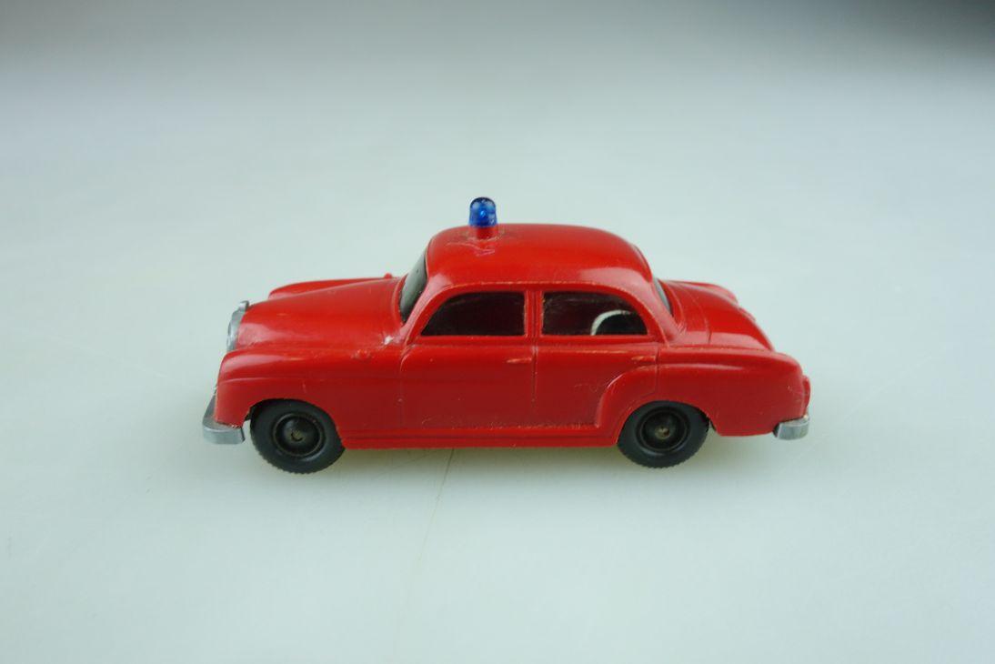 Saure 1042 Wiking 1/87 Mercedes Benz 180 Ponton Feuerwehr rot ohne Box 510599
