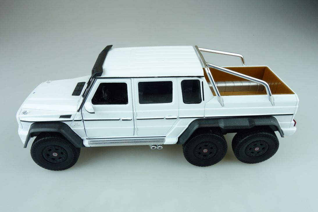 Welly 1/24 Mercedes Benz G 63 AMG Doka Pickup 6x6 3 Achser ohne Box 510606