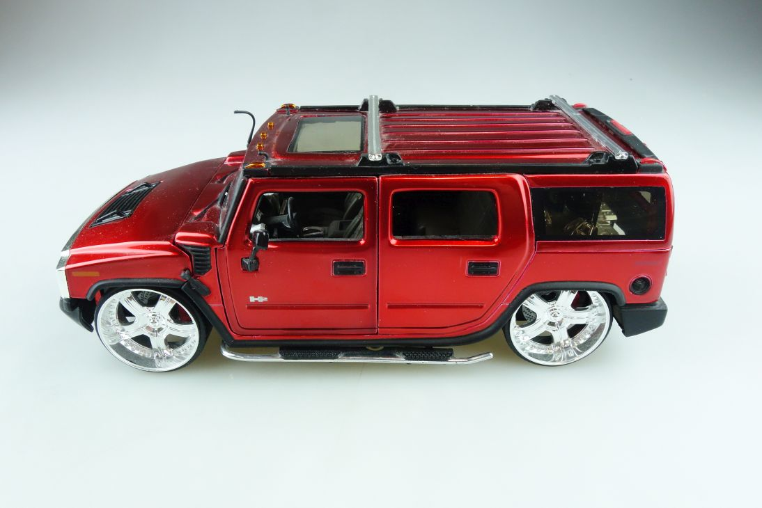 Jada Toys 1/24 Hummer H2 SUV  Custom Big Time Muscle candyred ohne Box 510625