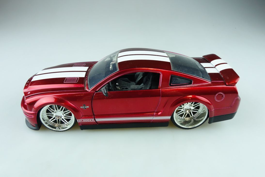 Jada Toys 1/24 Ford Mustang Shelby GT 500 Coupe Bigtime candyred ohne Box 510627