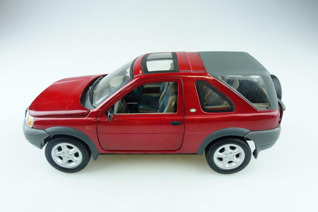 Ertl 1/18 Land Rover Freelander rot red ohne Box 510749