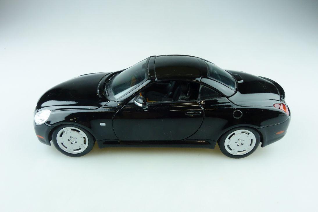 Maisto 1/18 Lexus SC 430 Roadster 2001 schwarz black ohne Box 510767