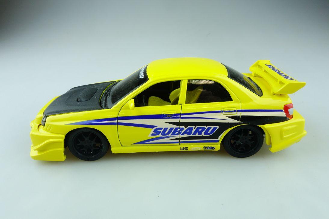 Bburago 1/24 Subaru Impreza WRX tuning ohne Box 510872