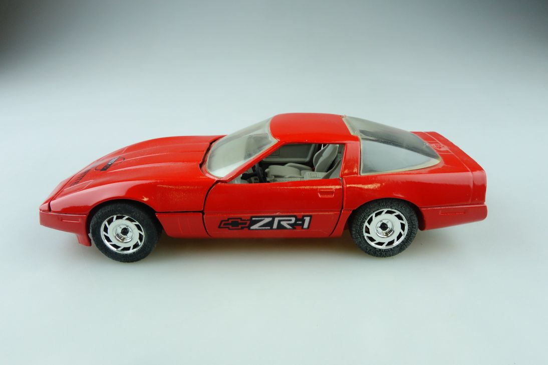 Majorette 1/24 Chevrolet Corvette C4 Coupe ZR 1 ohne Box 510879