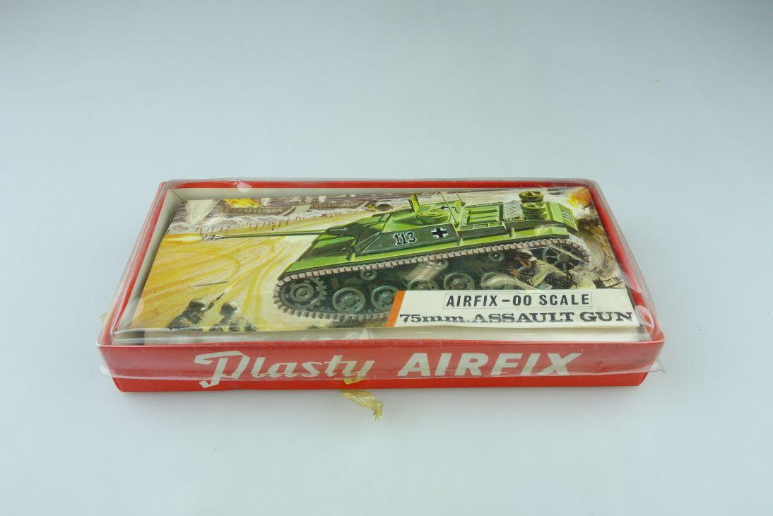Plasty Airfix 00 75mm Assault Gun Dt. Sturmgeschütz bag kit 1/76 red box 108406