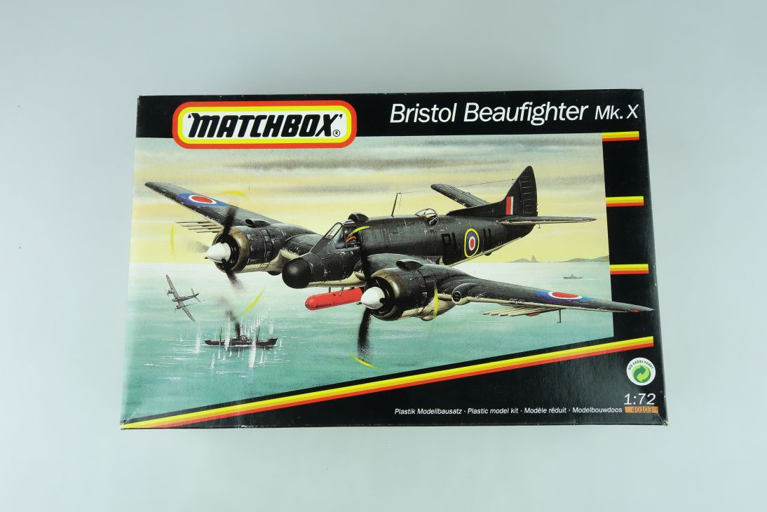 Matchbox 1/72 Bristol Beaufighter Mk.X vintage plane kit 40103 108460